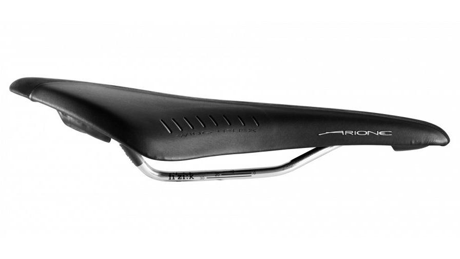 with k:ium Rail Fizik Arione TRI2 Carbon Reinforced Saddle White Black